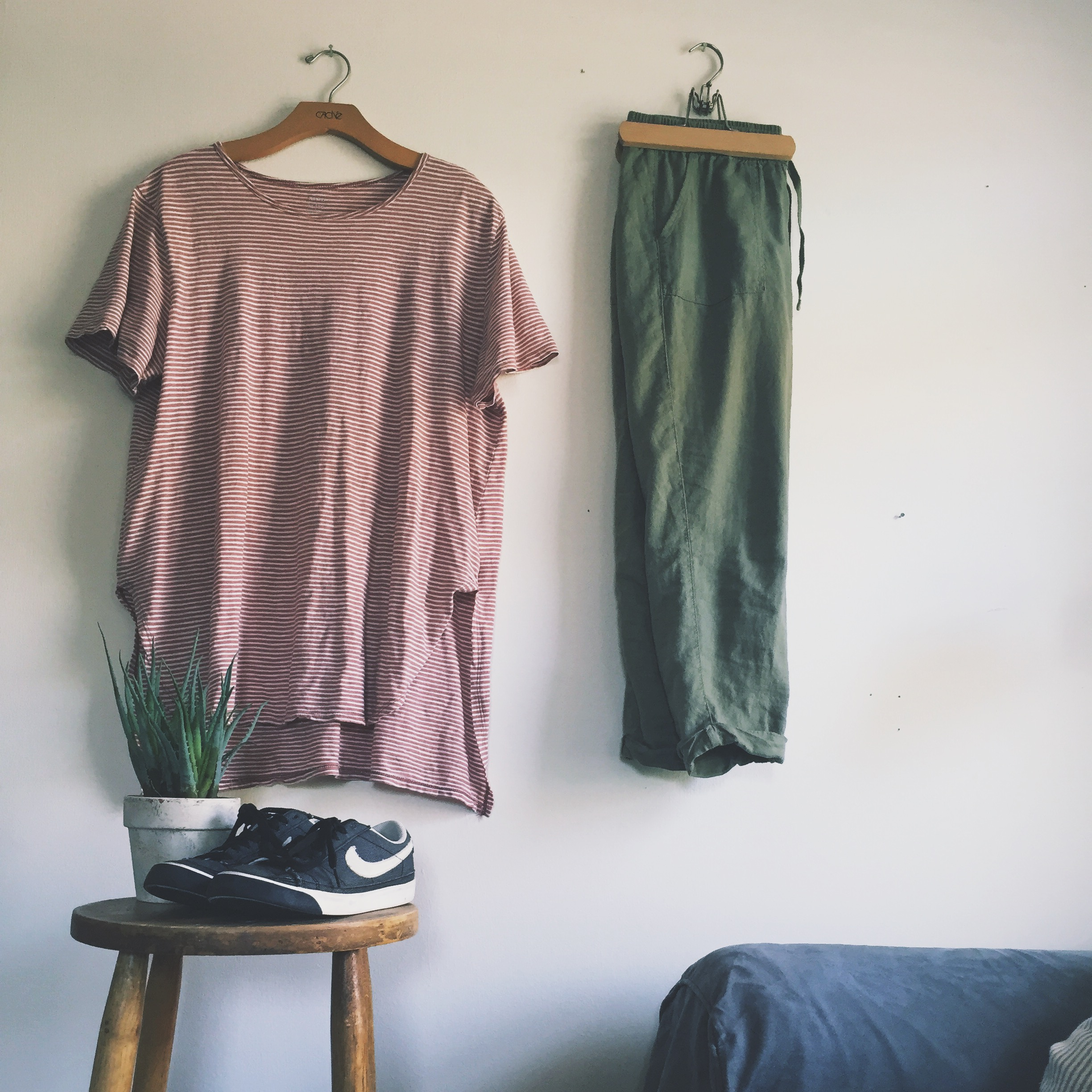 casual outfit, what to wear for photo session, cute, casual, fashion, outfits, comfortable, photography, fashion help, i don't have anything to wear