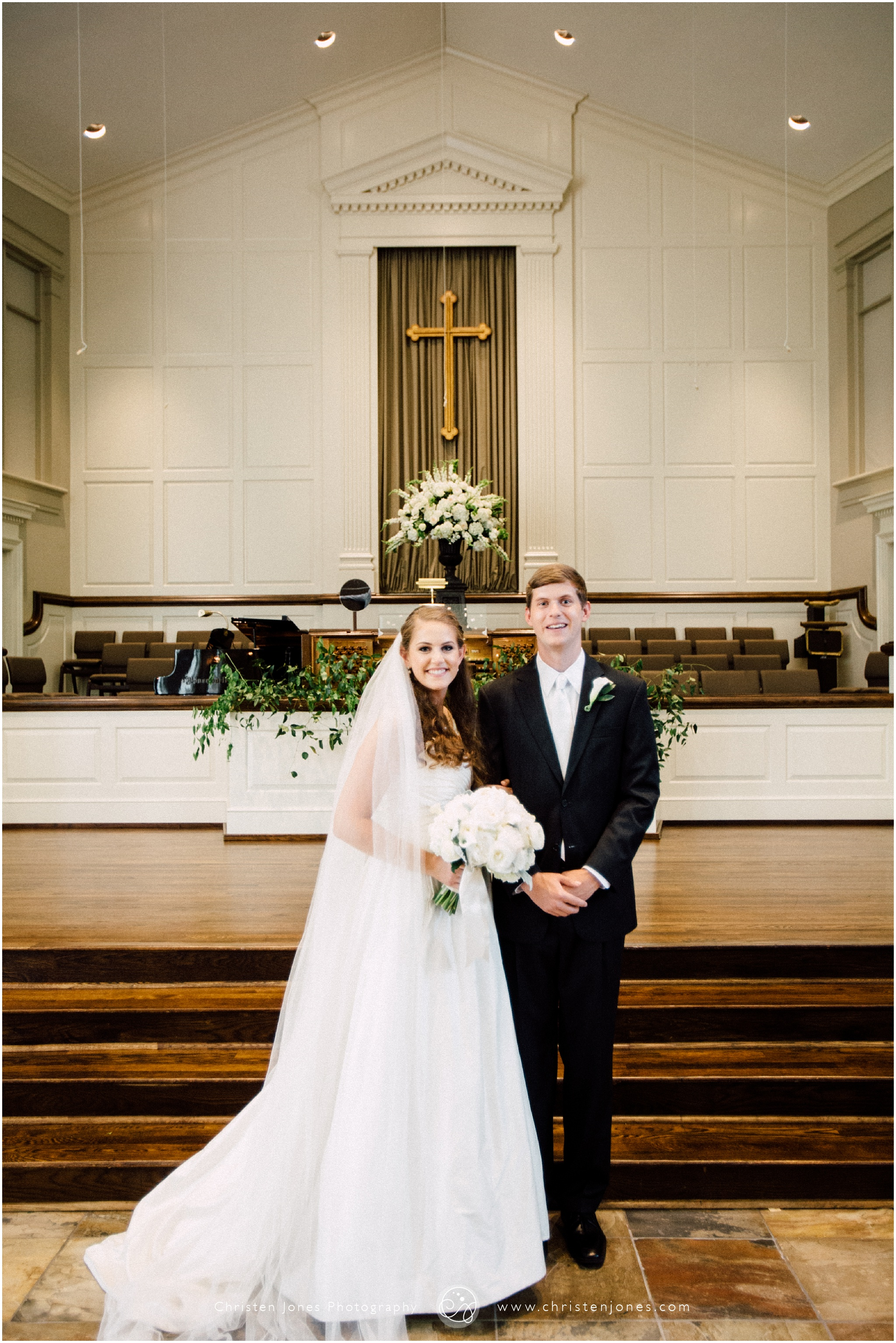 bride,groom,heartwood hall,memphis,photography,wedding,wedding party,wedding photographer,